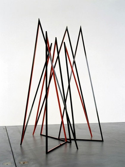 eva rothschild - fort block, 2004, lacquered wood, 273x205x190 cm